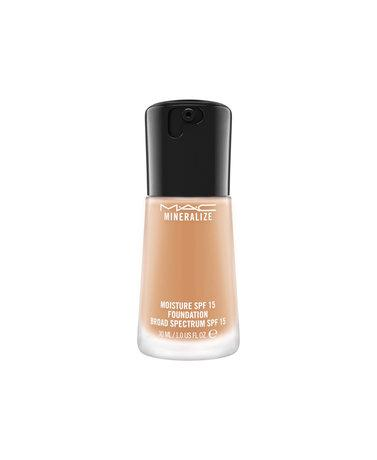 MAC Mineralize Foundation  Loose SPF 15