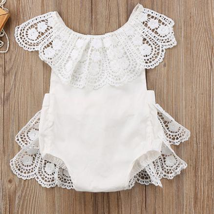 Lace Solid Color Sleeveless  Romper (4512745)