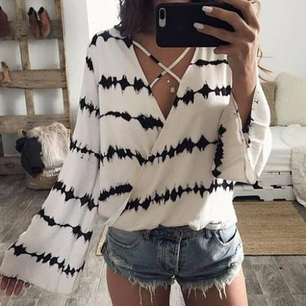 V-Neck Stripes Trumpet Sleeve Blouse (3667374)