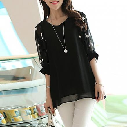 V-Neck  Hollow Out Polka Dot Chiffon Short Sleeve T-Shirt (3674837)