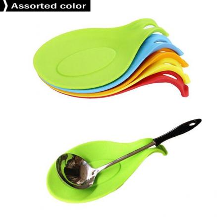 Kitchen Silicone Spoon Rest Flexible Almond-Shaped  Utensil Rest Spoon Holder (HHI-557328)