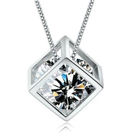 Fashion Pendant 925 Sterling Silver Cube Imitated Crystal Necklace (DJA-506041)